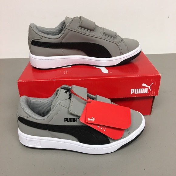 0691704f27e0f Puma kids size 13 smash buck sneakers NWT